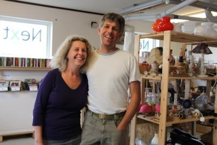 Therése och Stefan Lomner i sin butik